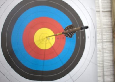 close-up-target-and-arrow
